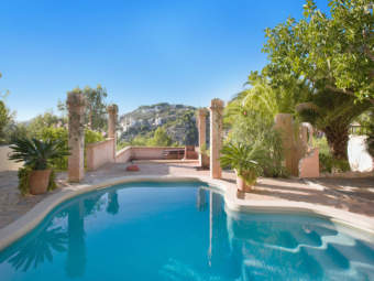 Mediterranean sea view villa with guest house and rental licence