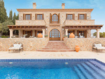 Natural stone villa in traditional finca-style with fantastic sea view