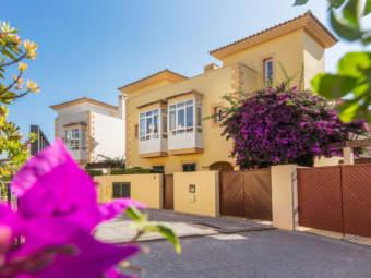 "Luxury terraced townhouse on Camp de Mar's golf course ""Golf d'Andratx"" (18 holes)"