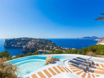 Cala Marmacén – Spectacular villa with stunning views and holiday rental licence
